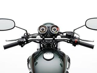 Kawasaki-W800-2018-spec-03