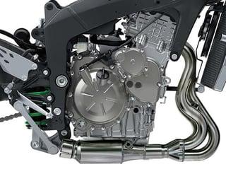 Ninja-ZX6r-engine