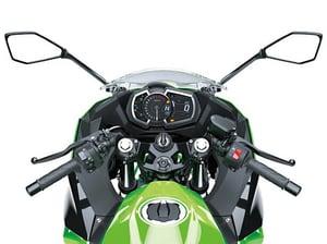 ninja250-feature-cockpit